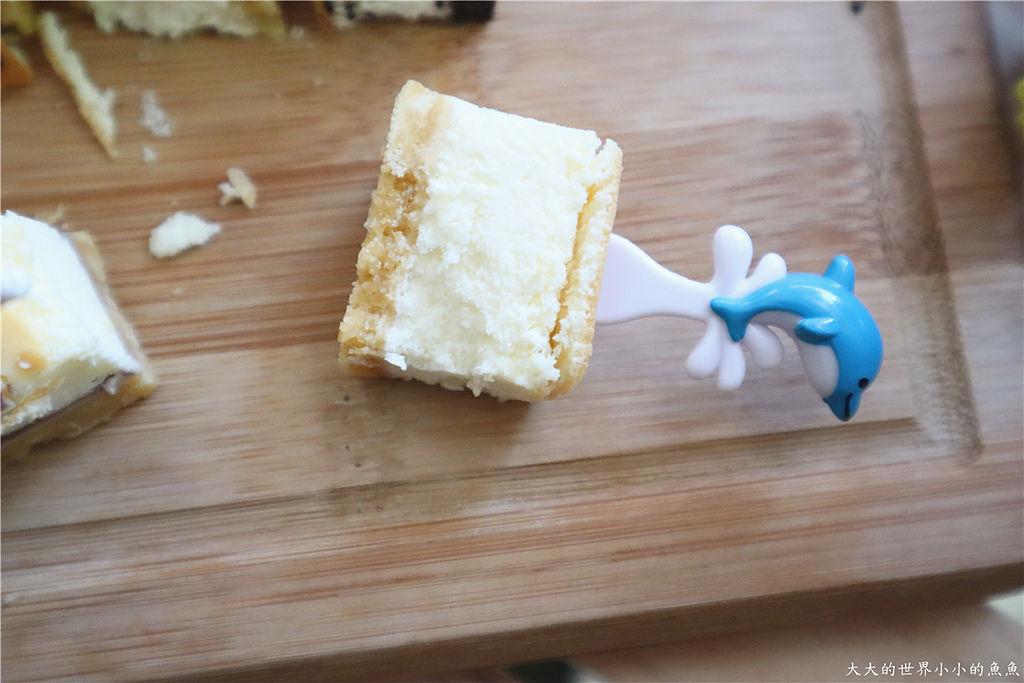 鴻品甜點工作室香濃乳酪條76.jpg