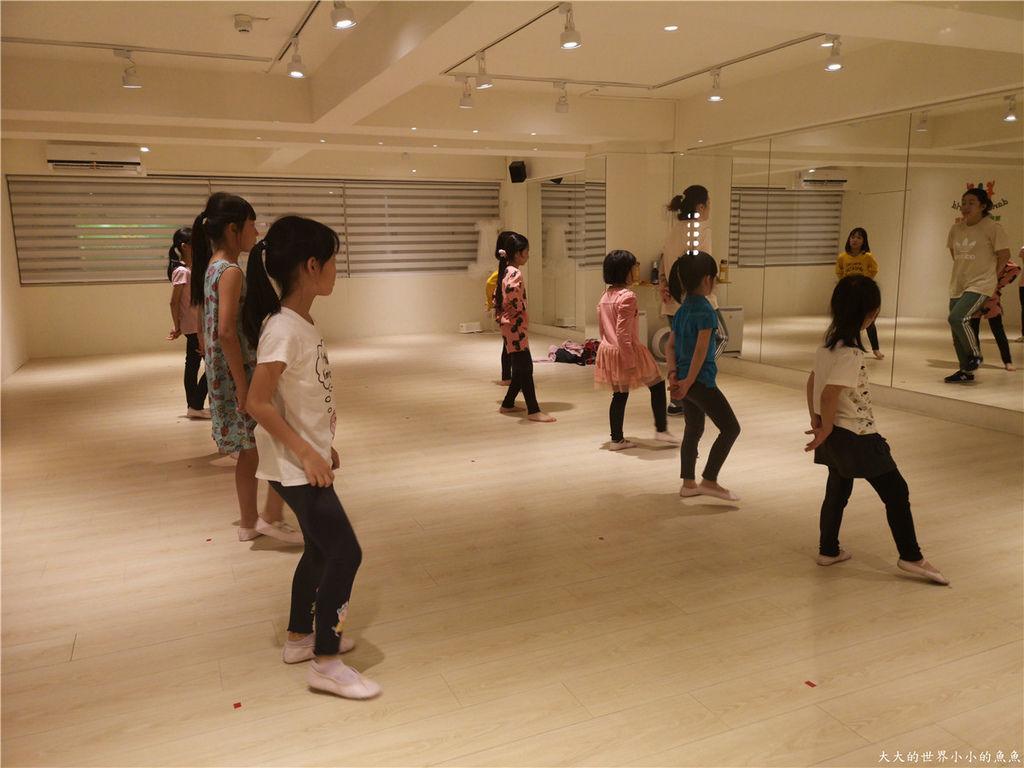 舞動世界板橋校兒童MV舞蹈64.jpg