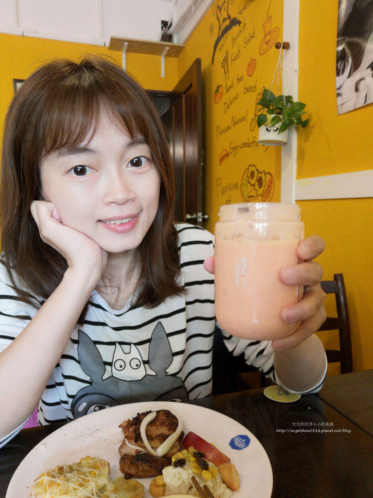 九陽JYL-C902D 電動隨行果汁機17.jpg