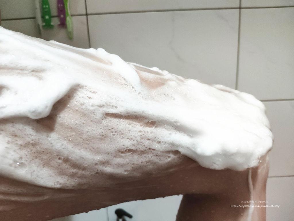 Bouncia美肌保濕沐浴乳8.jpg