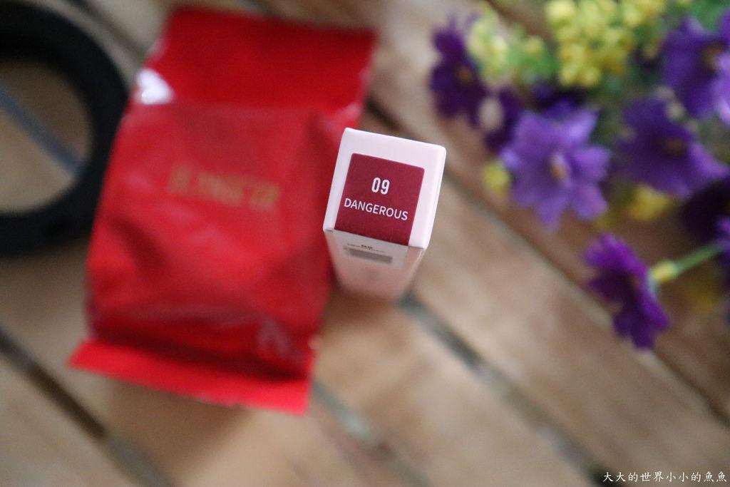 BLANBLVN 五色修片皇后粉霜+3D 乳霜光澤唇釉10.jpg