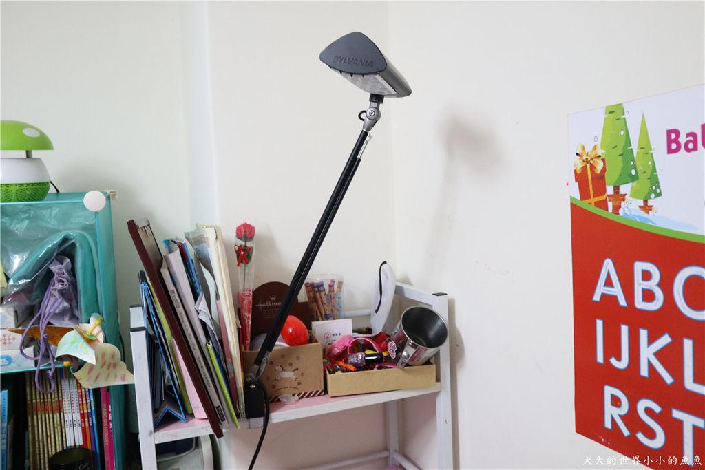 喜萬年SYLVANIA 第二代 LED小小冰極光護眼檯燈-雙色切換版47.jpg
