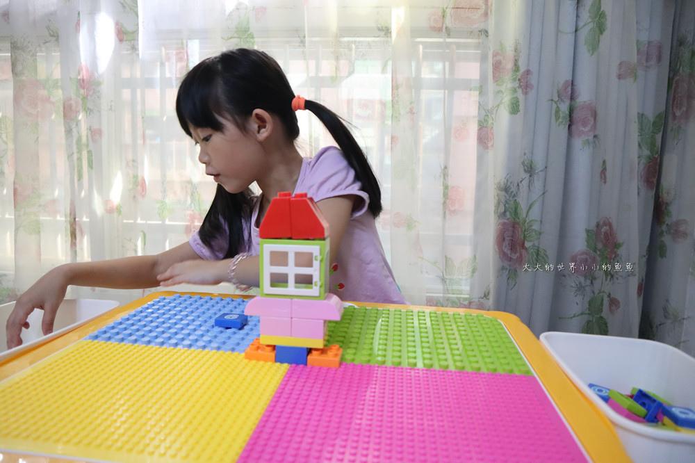 UTmall親子商城 多功能積木學習桌12