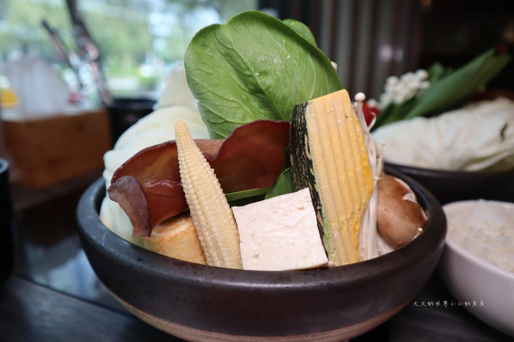 闊佬shabu shabu 無骨牛小排套餐+精選海鮮套餐12