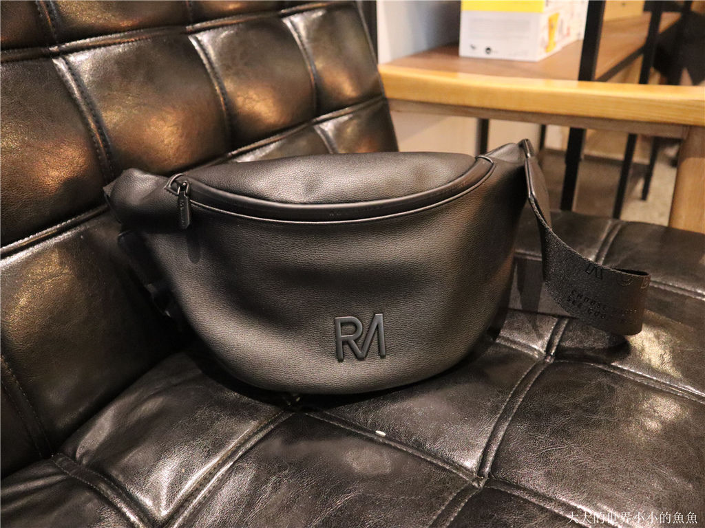ROBINMAY  -夢特胸包68