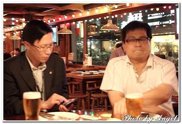 20110506 ICBG、WRAD Hooters聚餐_013.jpg