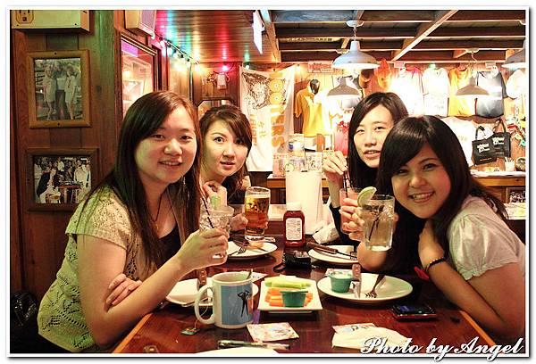 20110506 ICBG、WRAD Hooters聚餐_019.jpg