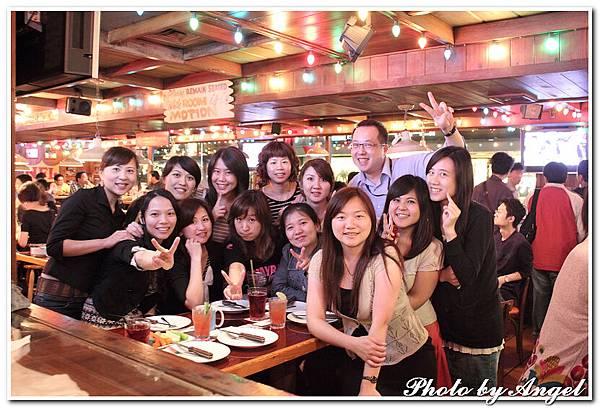 20110506 ICBG、WRAD Hooters聚餐_025.jpg