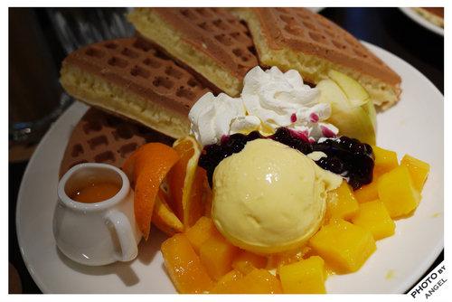 鮮果冰淇淋鬆餅