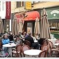 仕女巷中有名的MOCCA Cafe.jpg