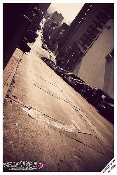 好想讓你知道舊金山的坡有多陡.jpg