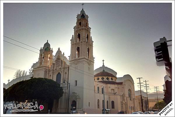 舊金山最老的建築-都勒教會.jpg