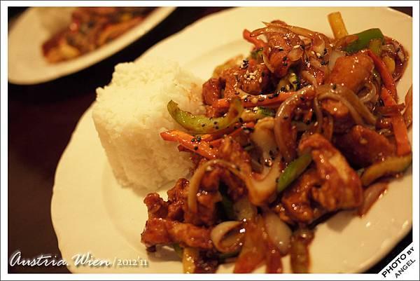 第一天的晚餐沒創意的吃了中國餐廳