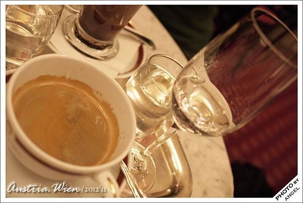 喝了會醉的「馬車夫咖啡」
