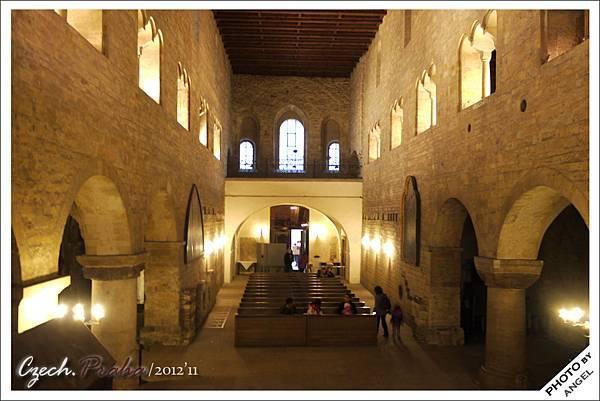 布拉格所有建築排名第二老的教堂