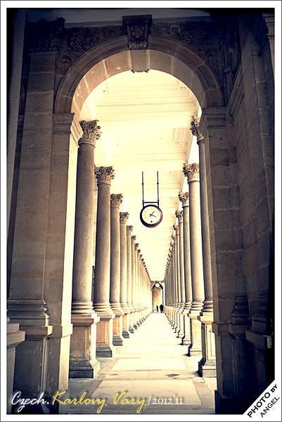 這裡被稱為最美的溫泉迴廊