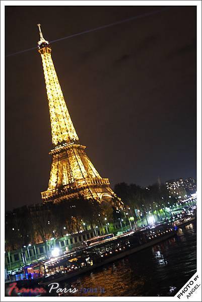 看到鐵塔才感覺:我真的來到巴黎了