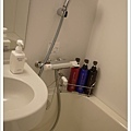 洗澡洗頭的備品一應俱全