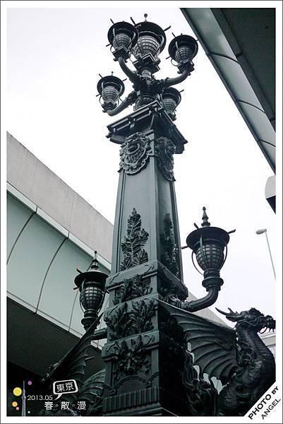 日本橋上的麒麟之翼雕像