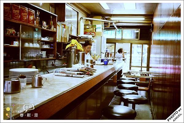 凌晨3點半就營業的咖啡老店