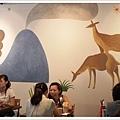 牆上壁畫.jpg