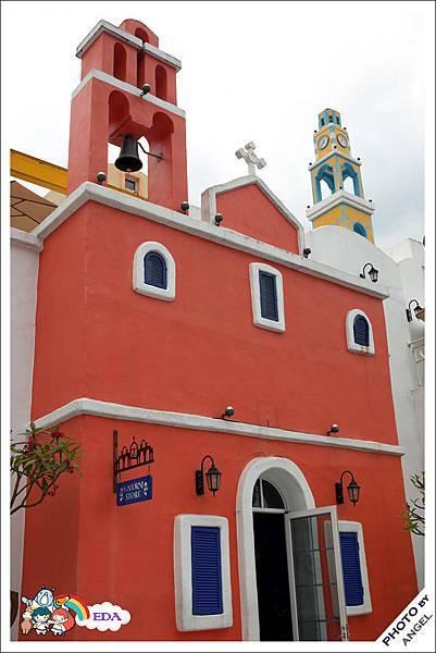 少了一座藍頂教堂有點可惜.jpg