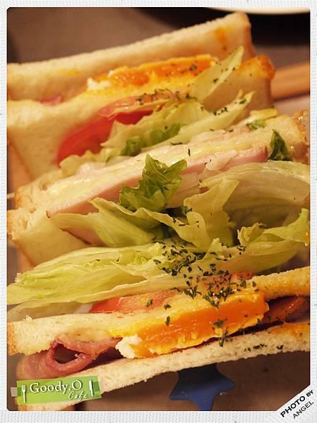 看起來就很可口的三明治.jpg