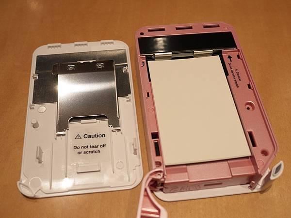 卡紙時可以把上蓋整個打開.JPG