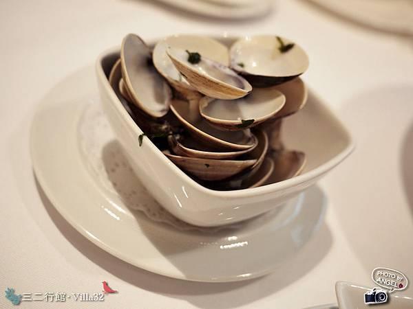 專門盛裝蛤蜊殼的小碗.jpg