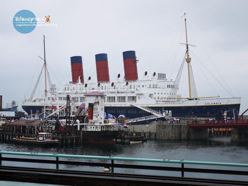 美國海濱區的大船