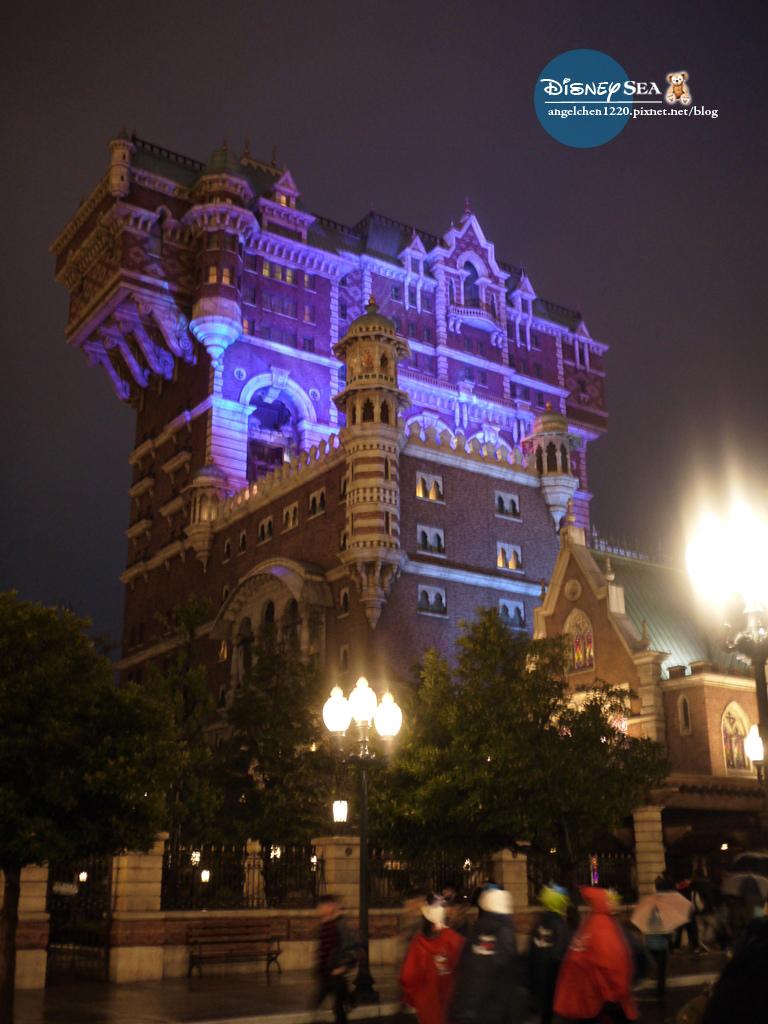 晚上的驚魂古塔有恐怖片的FU