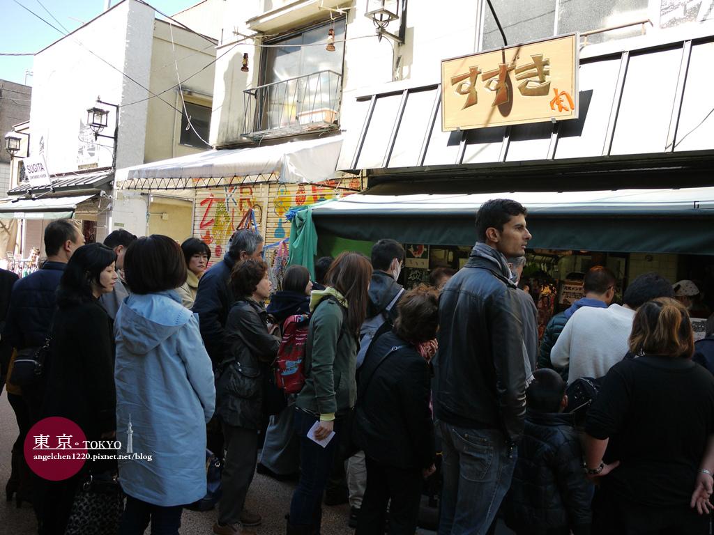 大排長龍的炸肉排店.jpg