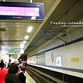 地鐵月台.jpg