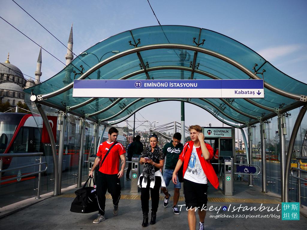 伊斯坦堡的路面電車站.jpg