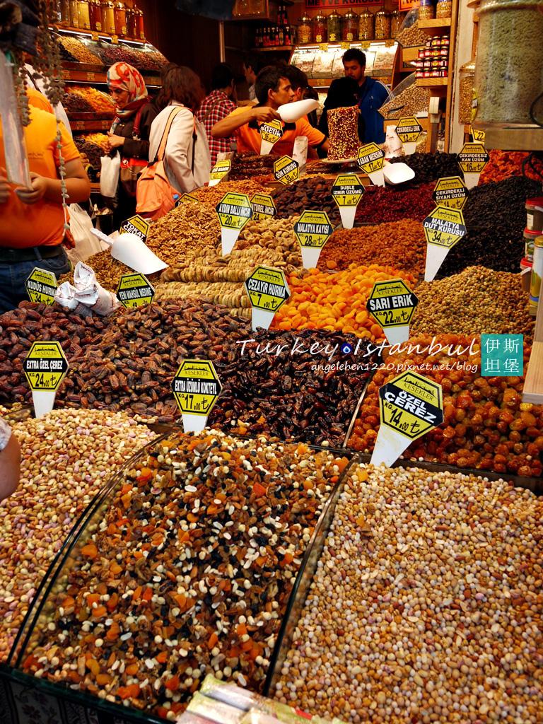這裡的乾果價格比起有頂大市集便宜許多.jpg