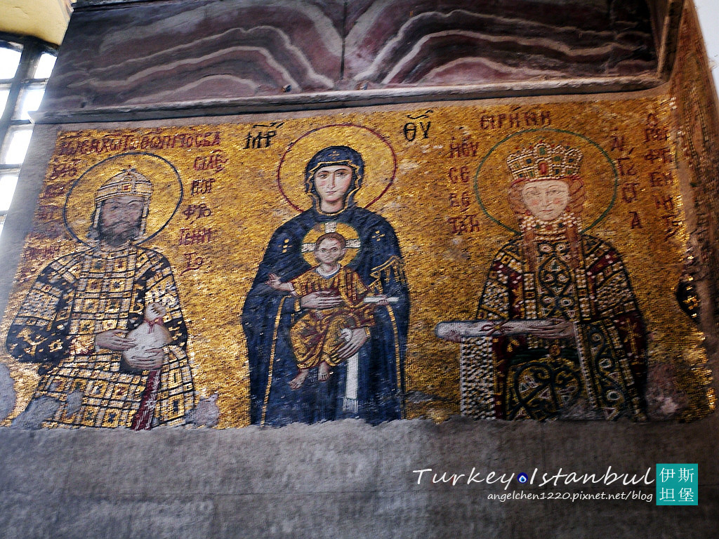 康奈諾斯皇帝夫婦與聖母子.jpg