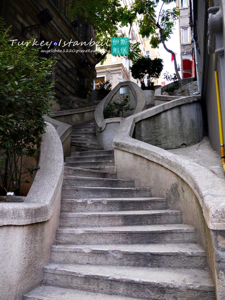 卡蒙度階梯.jpg