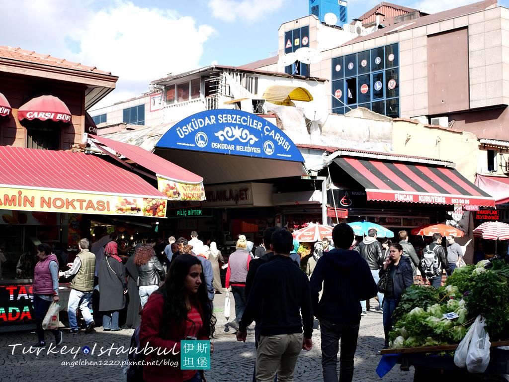 我們跑來亞洲區逛市場.jpg