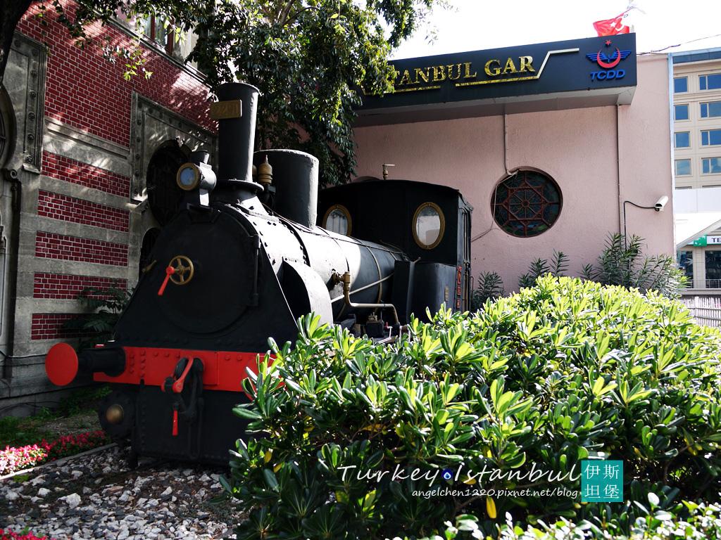 古老的火車頭.jpg