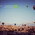 明天的這個時候我也即將搭乘熱氣球遨遊天空.jpg