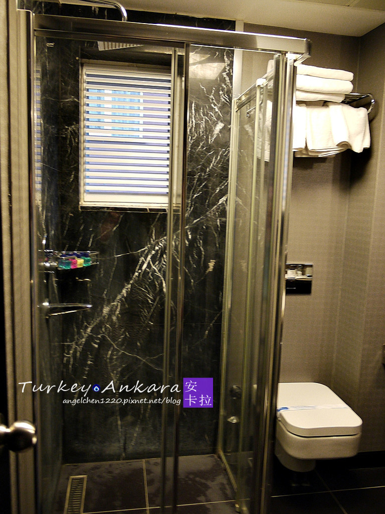 Maltepe 2000 Hotel三人房浴室-1.jpg