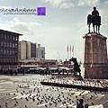 Ulus廣場上的鴿子實在很多.jpg