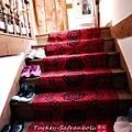 玄關的樓梯.jpg