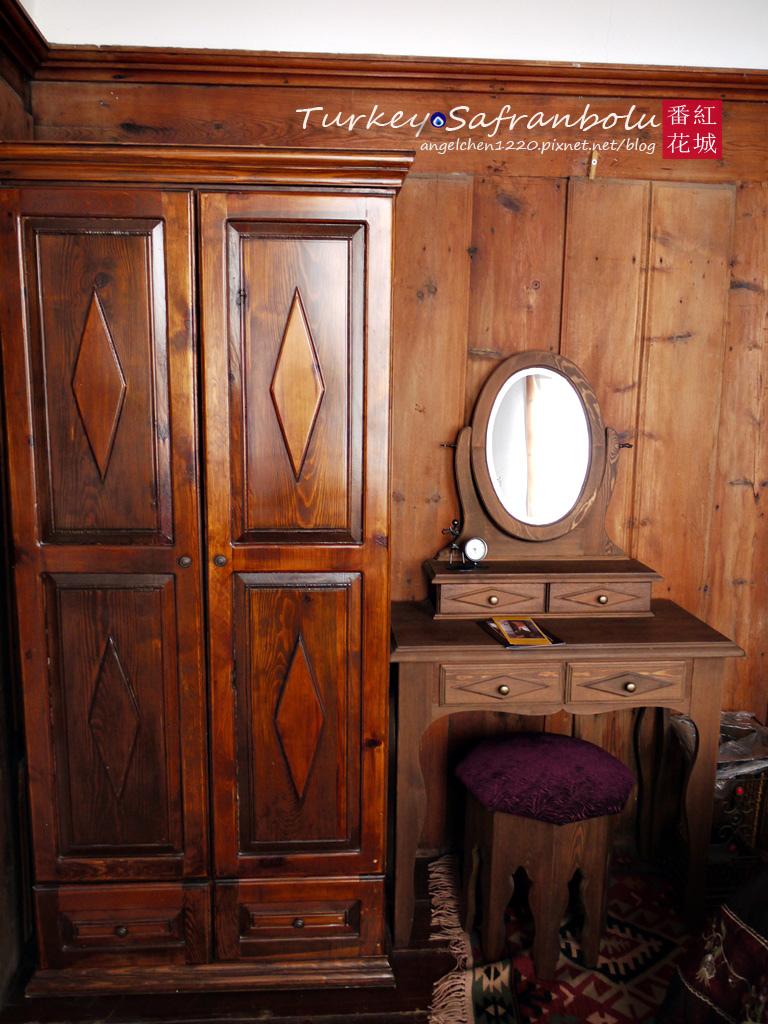 衣櫥和梳妝台.jpg