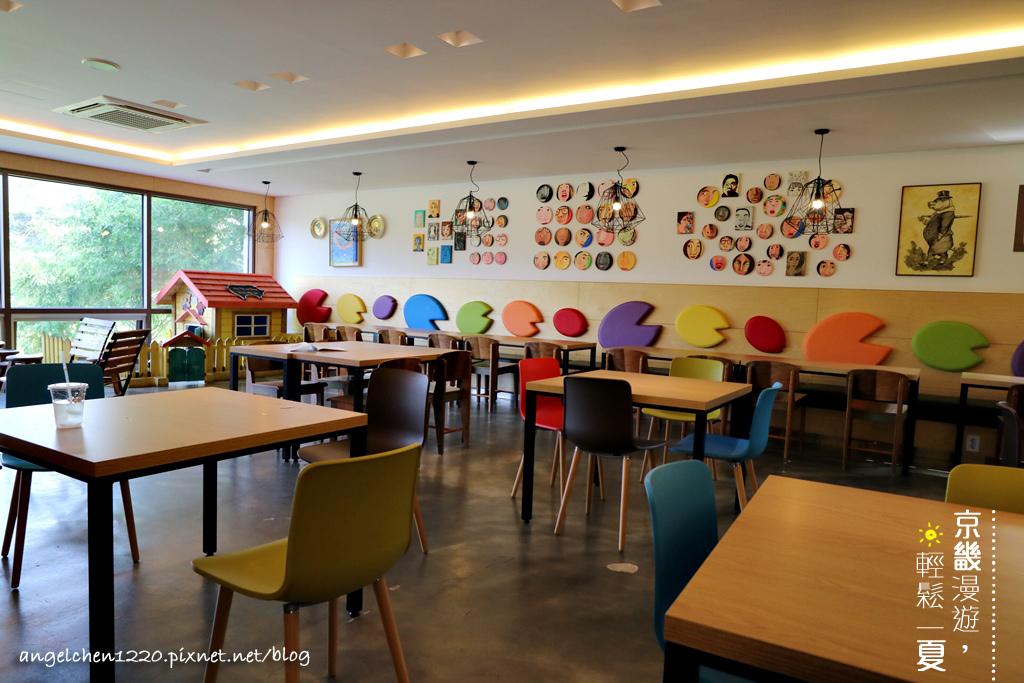 咖啡館-2.jpg