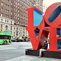 LOVE雕塑.jpg