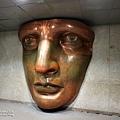 一進到博物館內就可看見女神的臉.jpg