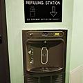二樓有飲水機可以幫大家省點錢.jpg