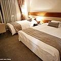LAKE HOTEL-7.jpg