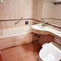 LAKE HOTEL-11.jpg